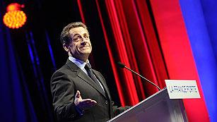 Hollande gana a Sarkozy y ambos pasan a la segunda vuelta
