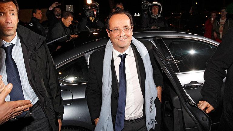 Hollande gana a Sarkozy por estrecho margen y ambos se disputarán la segunda vuelta