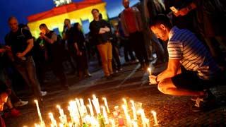 Los homenajes en Orlando a las víctimas del tiroteo continúan una semana después