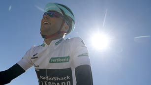 Horner deslumbra en Peña Cabarga y Nibali salva el liderato por tres segundos