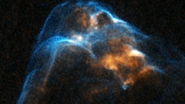 El Hubble graba el nacimiento de una estrella