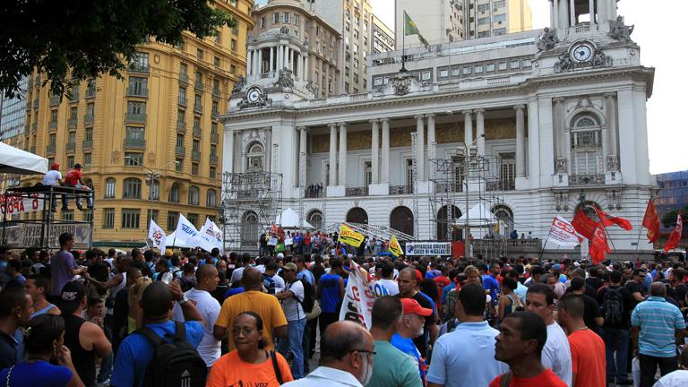 Huelga de policías brasileños a una semana del carnaval de Río