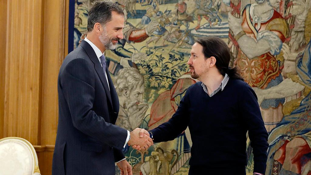 """Iglesias ve una legislatura de """"dimensión histórica"""" con la """"triple alianza"""" PP-PSOE-C's"""