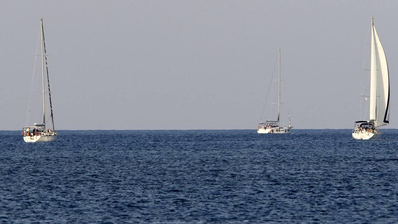 La III Flotilla de la Libertad, rumbo a Gaza, en aguas griegas cerca de la isla de Creta, el 26 de junio de 2015