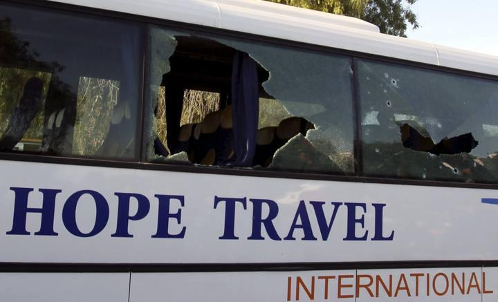 Imagen de archivo del autobús tiroteado en el ataque al Museo del Bardo, en Túnez, el 18 de marzo