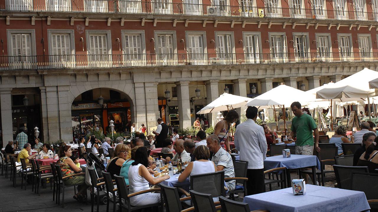 Imagen de archivo de restaurantes en el centro de Madrid.