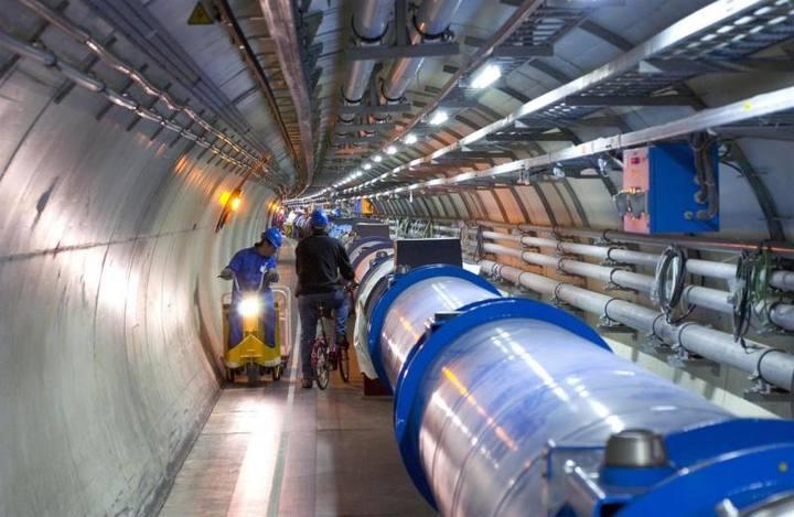 Imagen del Gran Colisionador de Hadrones del CERN.