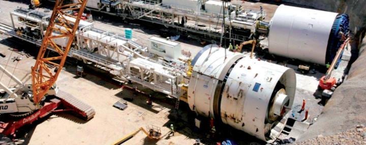 Imagen de dos de las tuneladoras que se usarán en las obras de los túneles
