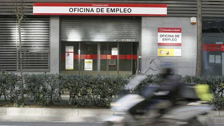 Detenidas 188 personas por defraudar presuntamente seis for Oficina empleo madrid
