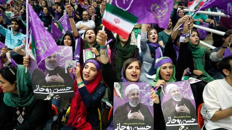 Imagen de los seguidores del candidato moderado Rohaní