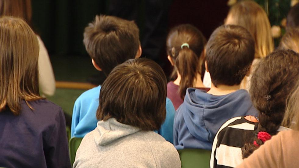 Los expertos insisten en la importancia de la educación para prevenir los abusos sexuales a menores por internet