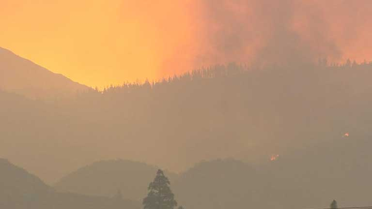 Uno de los frentes del incendio en Tenerife está ya estabilizado