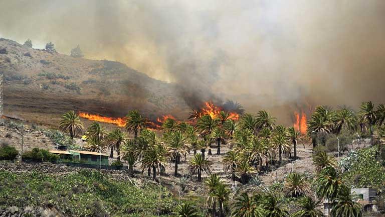 Incendio sin control en La Gomera
