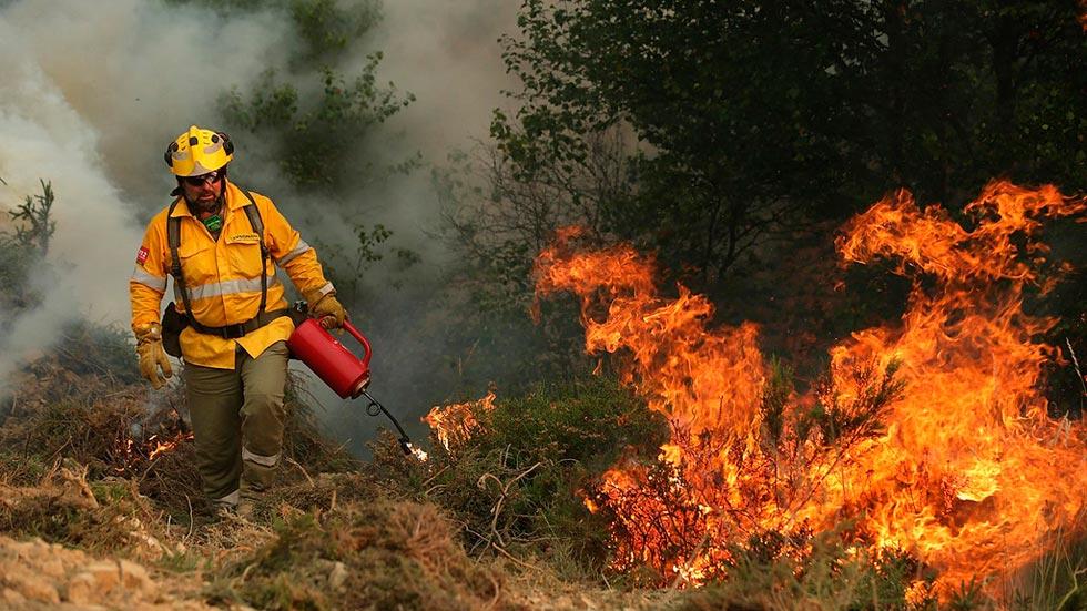 El jefe de los bomberos portugueses cree que el incendio fue provocado