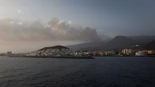 El incendio de Tenerife afecta ya a unas 1.200 hectáreas
