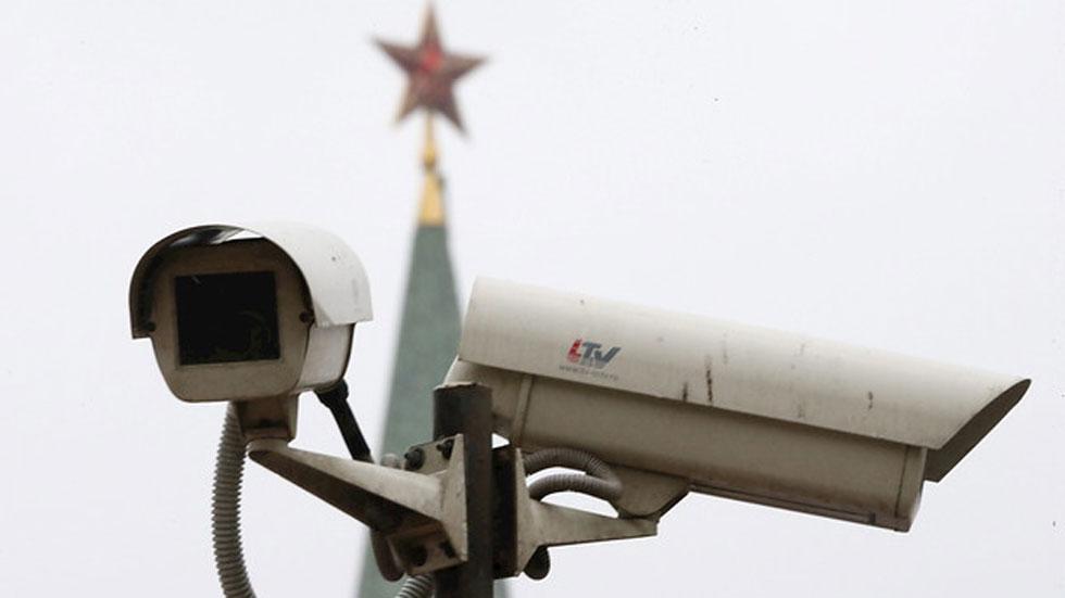 Rusia identifica a varios sospechosos del asesinato del líder opositor cerca del Kremlin