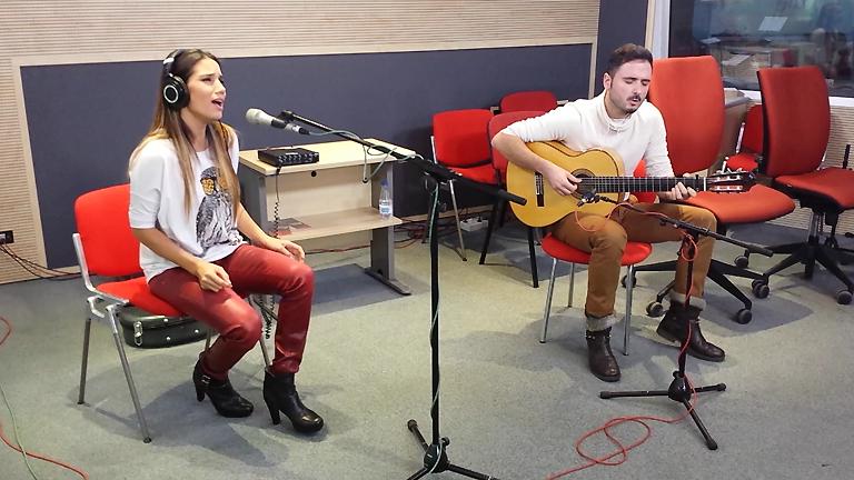 Las mañanas de RNE - India Martínez interpreta en ac&uacu