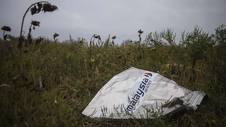 El vuelo MH17 fue derribado en Ucrania por el impacto externo de un gran número de objetos