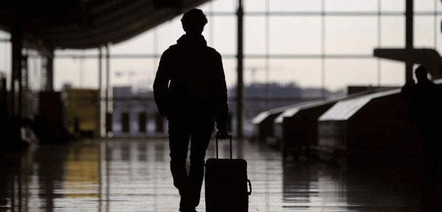 La crisis está obligando a muchos españoles a emigrar a otros países.