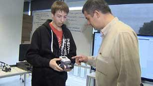 Una empresa danesa facilita la inserción laboral de personas con autismo