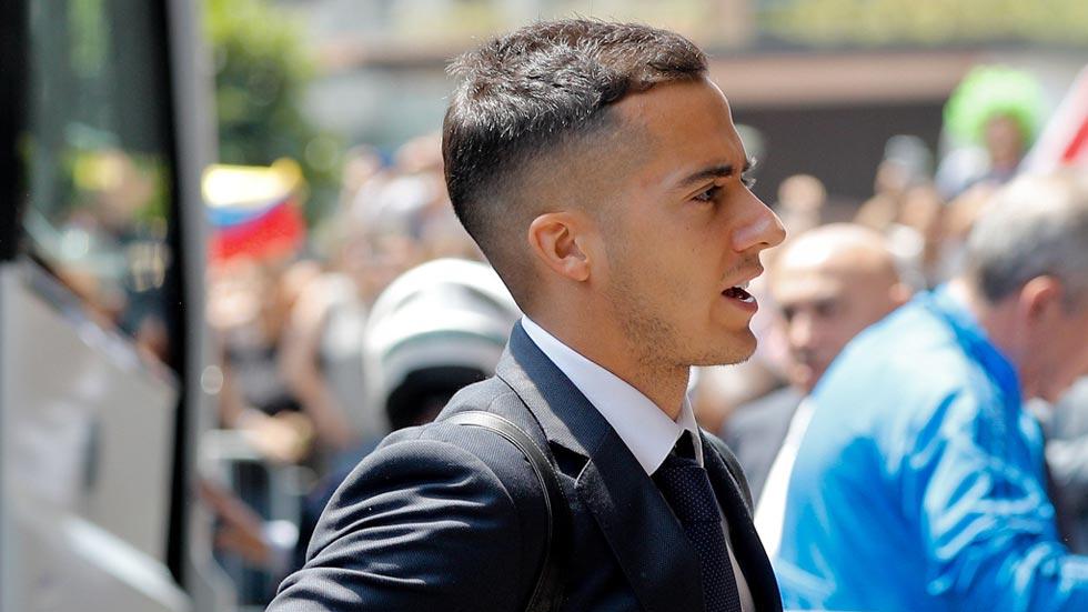 El internacional Lucas Vázquez, ídolo en su Curtis natal