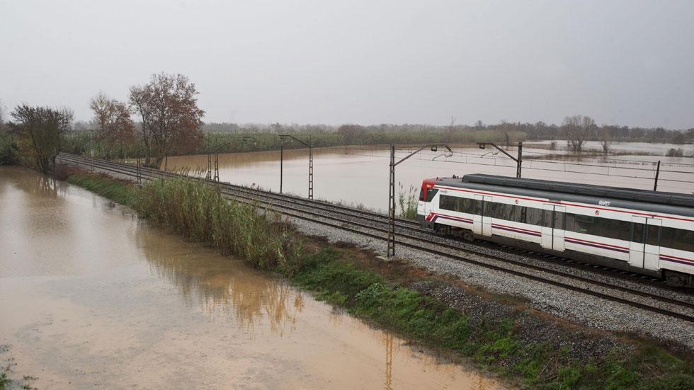 Interrumpida la circulación del AVE entre Girona y Francia tras inundarse la estación de la ciudad