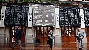 Los inversores redoblan la presión sobre España tras el rescate bancario