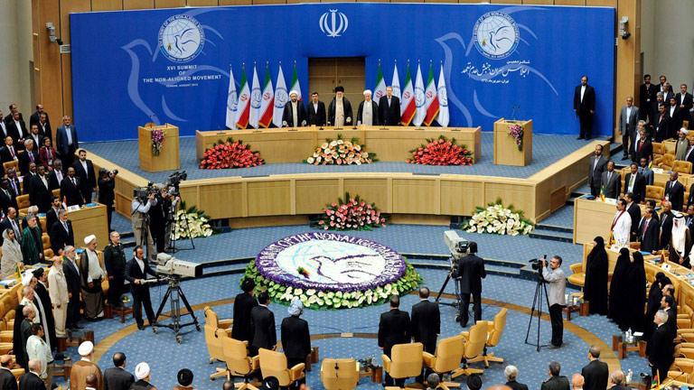 Irán reitera ante los Países No Alineados que no desea disponer de armas nucleares