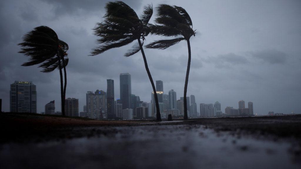 Irma llega a Florida con pronósticos devastadores