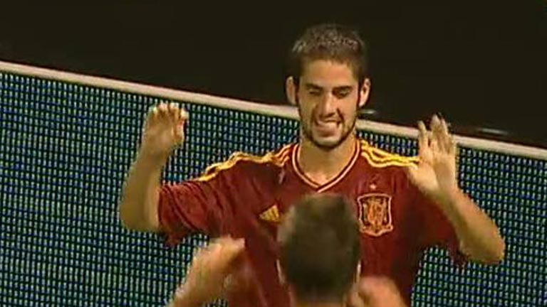 Isco anota el cuarto, España 4 - Croacia 0