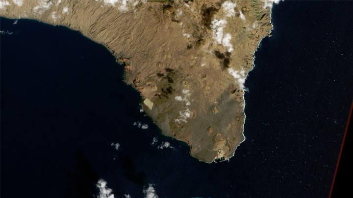 La isla de El Hierro vista desde el satélite.