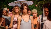 Ir al VideoLa italiana 'La pazza giogia', Espiga de Oro en la Seminci de Valladolid