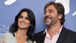 Ir al VideoJavier Bardem y Penélope Cruz presentan 'Loving Escobar' en Venecia