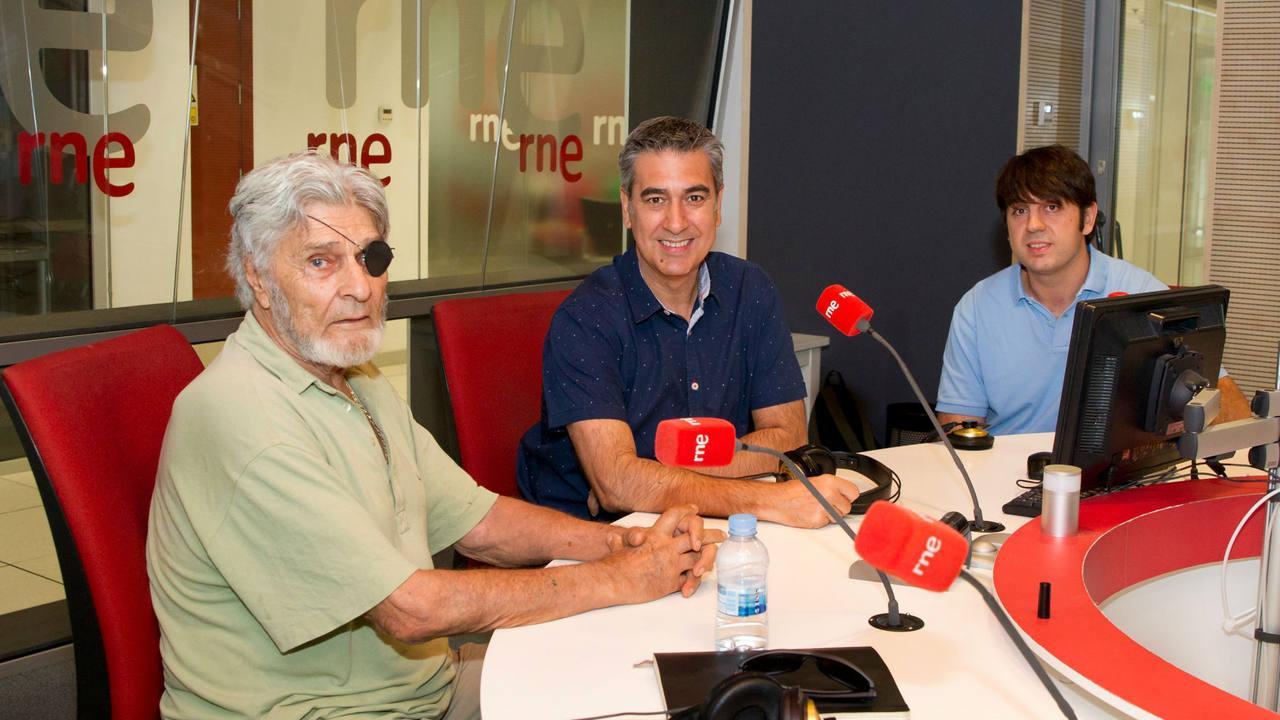 Jesús González Green, Arturo Martín e Iván Ayala, en los estudios de Rne Madrid