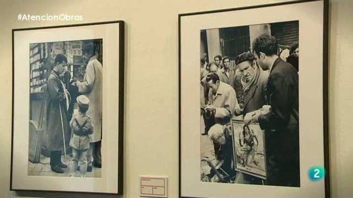 Atención obras - Joana Biarnés muestra 70 fotografías en blanco y negro de los años 60 y 70