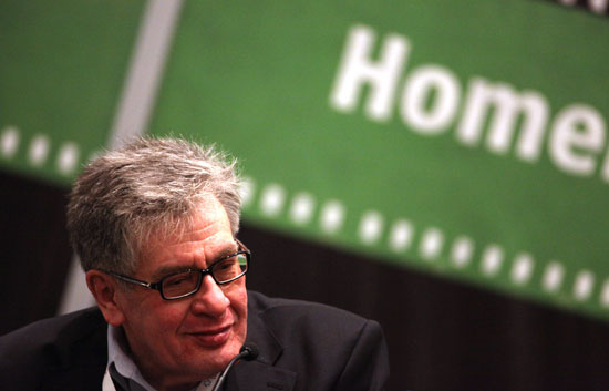 El escritor mexicano José Emilio Pacheco es galardonado con el Premio Cervantes