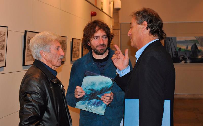 José Ramón Sánchez, su hijo Daniel Sánchez Arévalo y José Luis Córdoba, director de publicaciones de Panini en la exposición