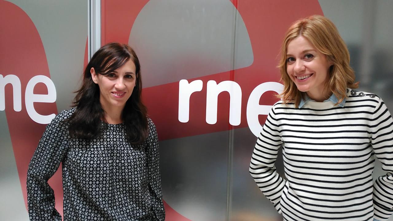 Juana Macías y Alexandra Jiménez presentan 'Embarazados' en 'Las mañanas de RNE'