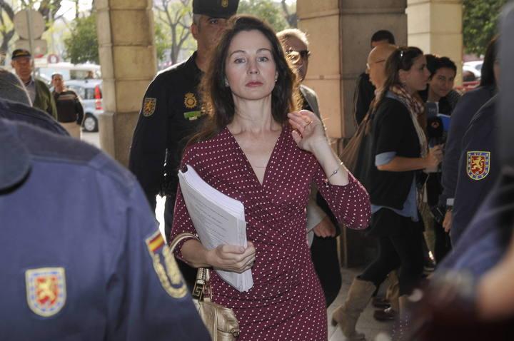 La juez Mercedes Alaya a su llegada a los Juzgados de Sevilla.
