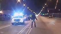 Ir al VideoEl juicio en Chicago a un policía por matar presuntamente a un joven negro revive las protestas