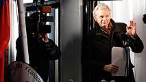 Ir al VideoLa Justicia sueca y los abogados de Julian Assange aceptan interrogarle en Londres
