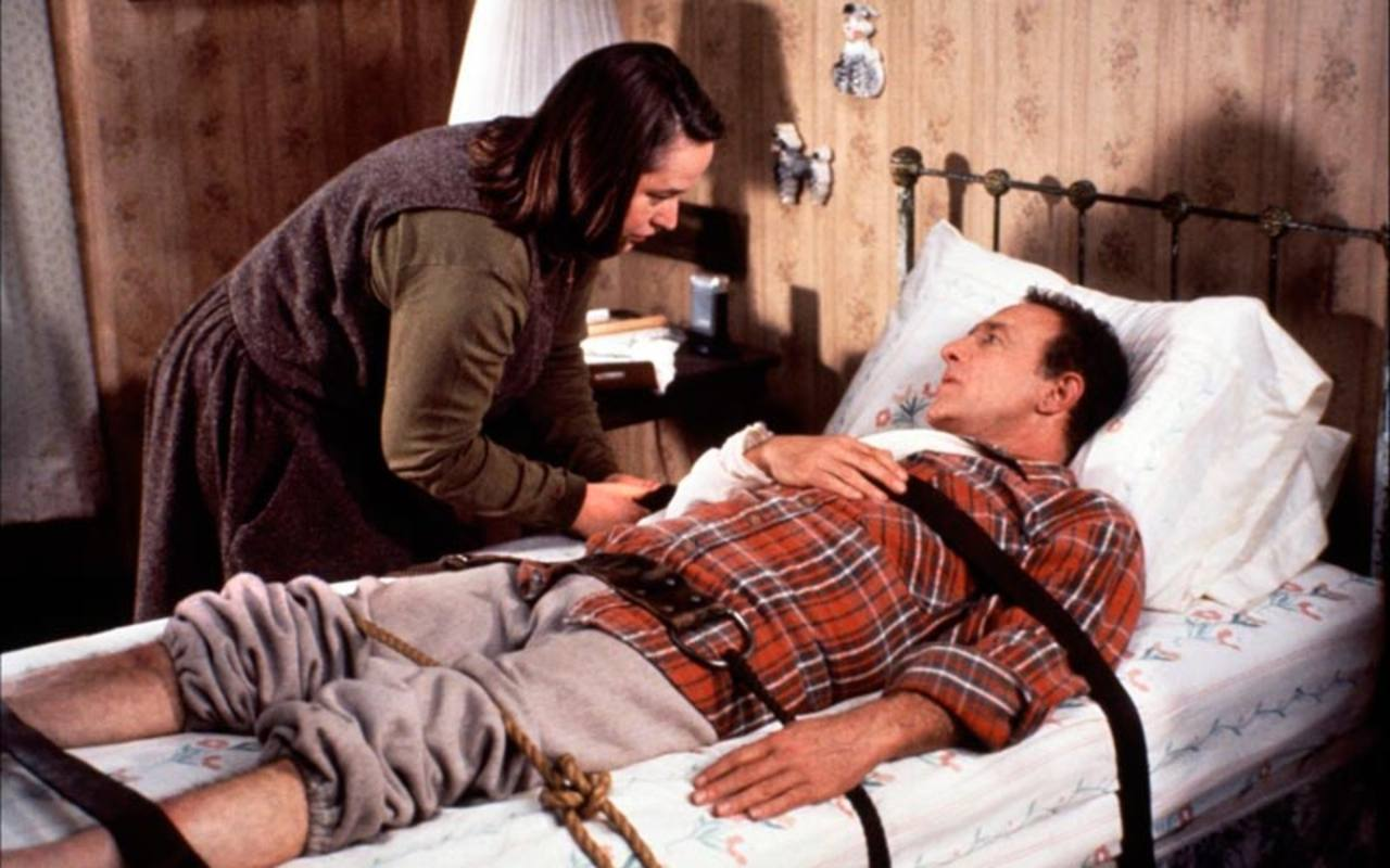 Kathy Bates y James Caan en 'Misery'