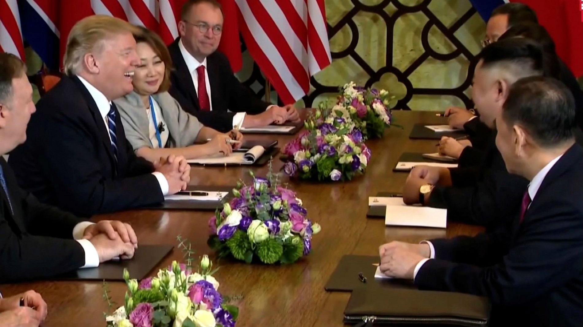 Ir al VideoKim Jong-un dice que no estaría en Vietnam si no quisiera la desnuclearización