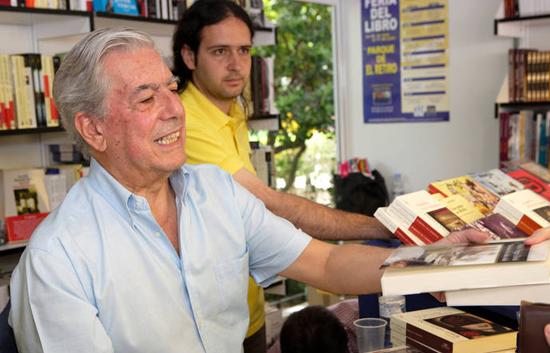 Mario Vargas Llosa gana el Premio Nobel de Literatura 2010