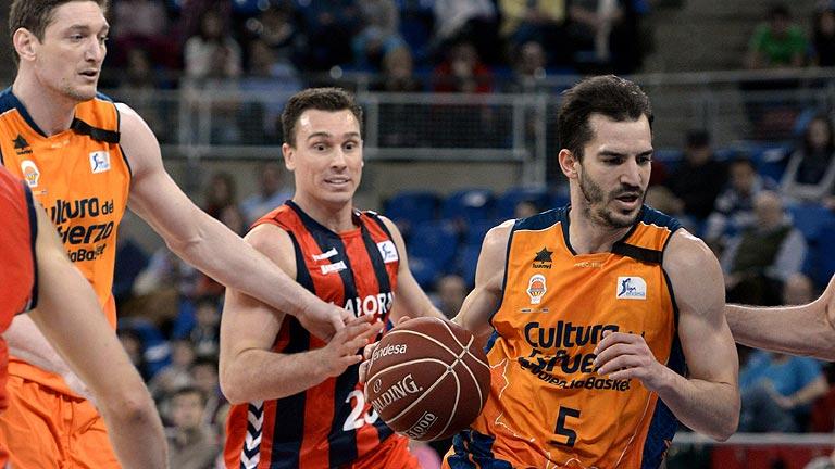 Laboral Kutxa 94 - Valencia Basket 88