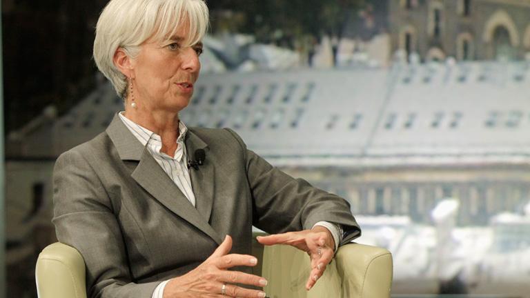 """Lagarde advierte que hay que salvar al euro """"antes de tres meses"""""""