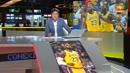 Ir al VideoLos Lakers de LeBron se prueban en pretemporada contra los Warriors