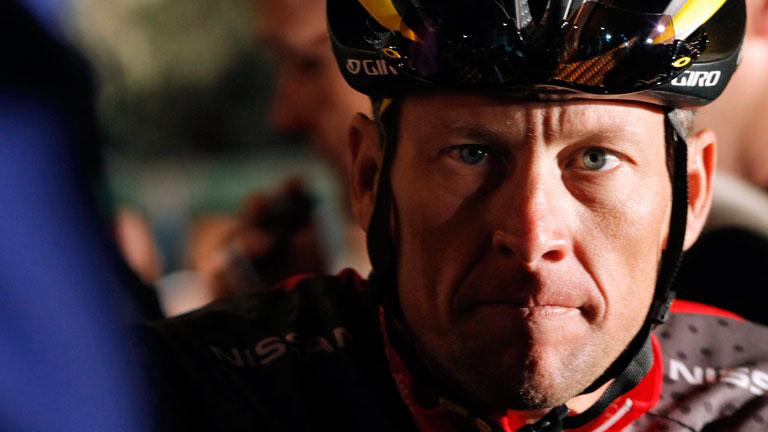 Lance Armstrong ve amenazados sus 7 Tour por una investigación por dopaje