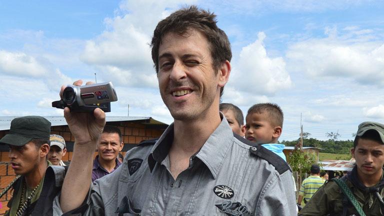 Langlois, recién liberado por las FARC, pide que no se olvide el conflicto de Colombia