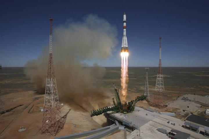 Lanzamiento de la Progress M-27M desde el cosmódromo de Baikonur (Kazajistán) el 28 de abril